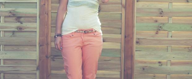 tenue-ete-pastel-american-vintage-chapeau-corail