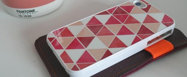 coque-iphone-graphique-tendance-pastel-triangle