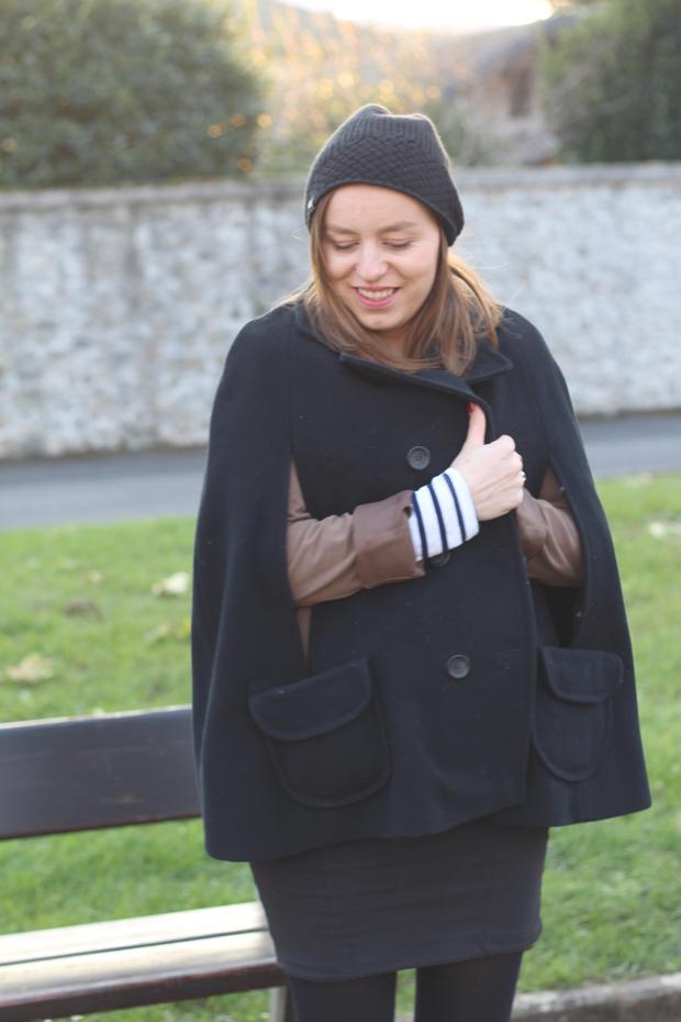 manteau-femme-enceinte-cape-comptoir-cotoniers