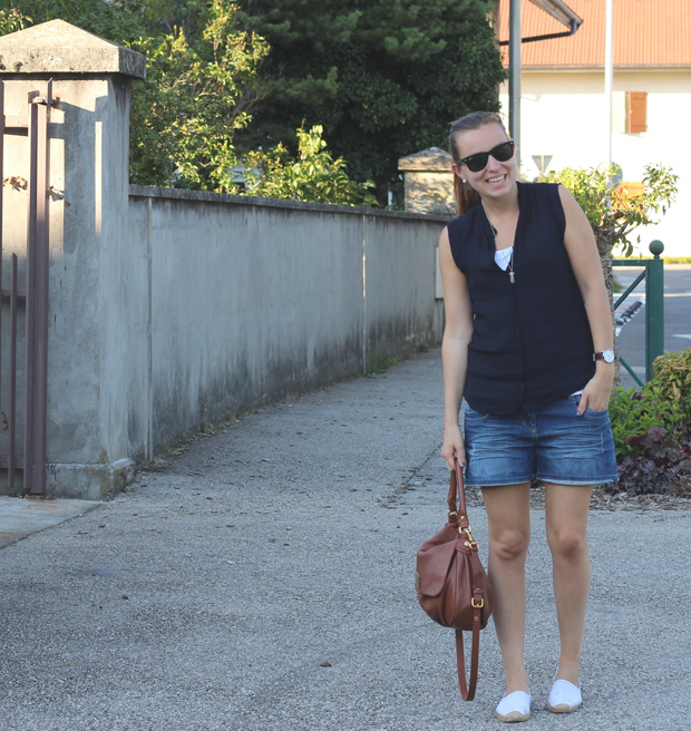 mango-blouse-boyfriend-short-espadrilles