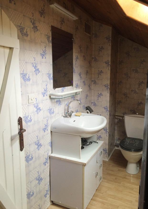 Home avant apr s salle de bain by vintage touch - Peindre carrelage salle de bain avant apres ...