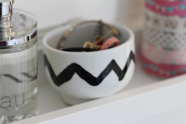 ide rangement bijoux top idees de rangements with ide rangement bijoux elegant astuces de. Black Bedroom Furniture Sets. Home Design Ideas